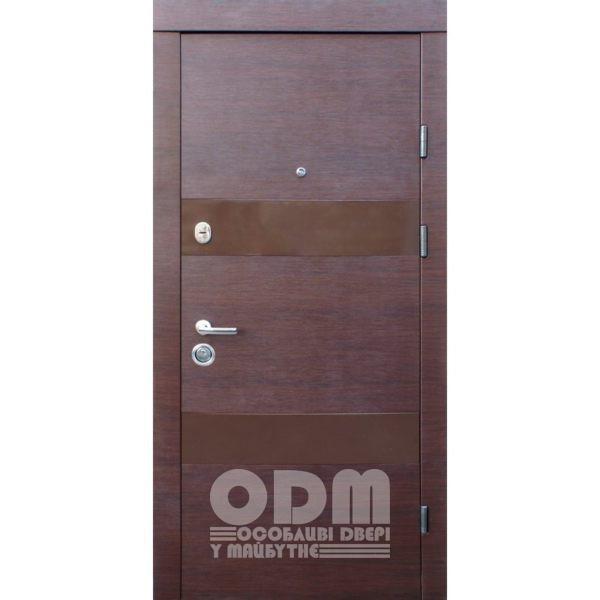 Входные двери Qdoors Премиум Вита-М (орех горизонт)